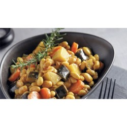 Φασόλια χάντρες μαγειρεμένα με κάρι και λαχανικά